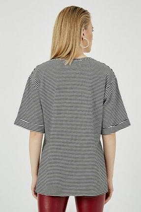 Sateen Kadın Siyah Çizgili Yırtmaçlı Uzun Tshirt 4
