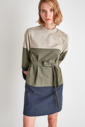 TRENDYOLMİLLA Çok Renkli Kuşaklı Elbise TWOAW21EL2074 1