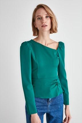TRENDYOLMİLLA Zümrüt Yeşili Düğme Detaylı Bluz TWOAW21BZ0958 1