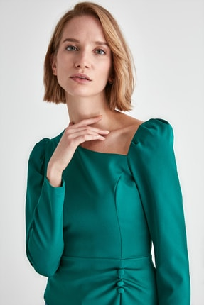 TRENDYOLMİLLA Zümrüt Yeşili Düğme Detaylı Bluz TWOAW21BZ0958 2