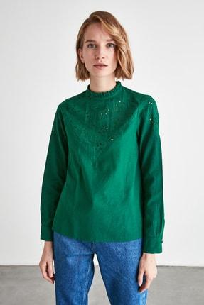Zümrüt Yeşili Brodeli Bluz TWOAW20BZ0430