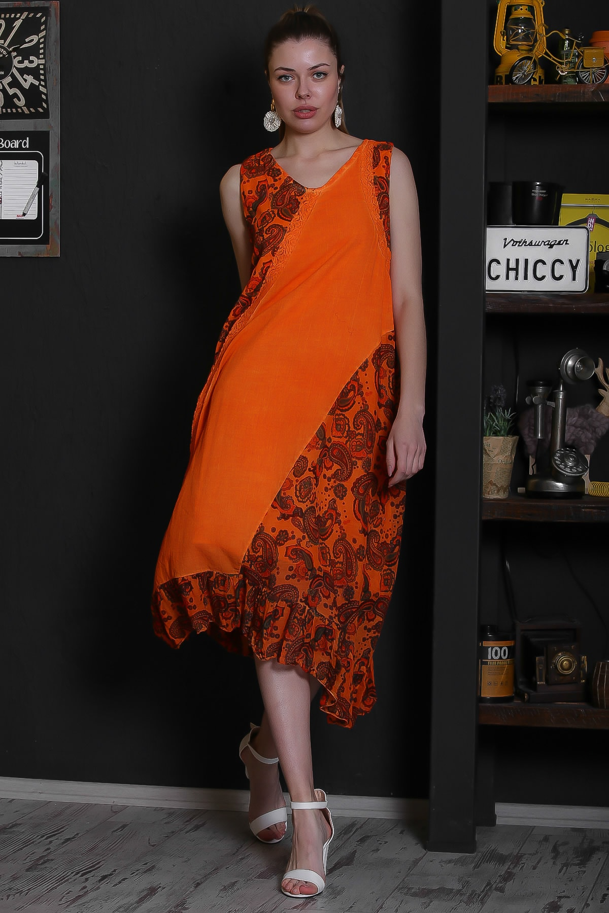 Chiccy Kadın Turuncu V Yaka Kolsuz Şal Desenli Tülbent Detaylı Kopenakili Astarlı Elbise M10160000EL95319 2