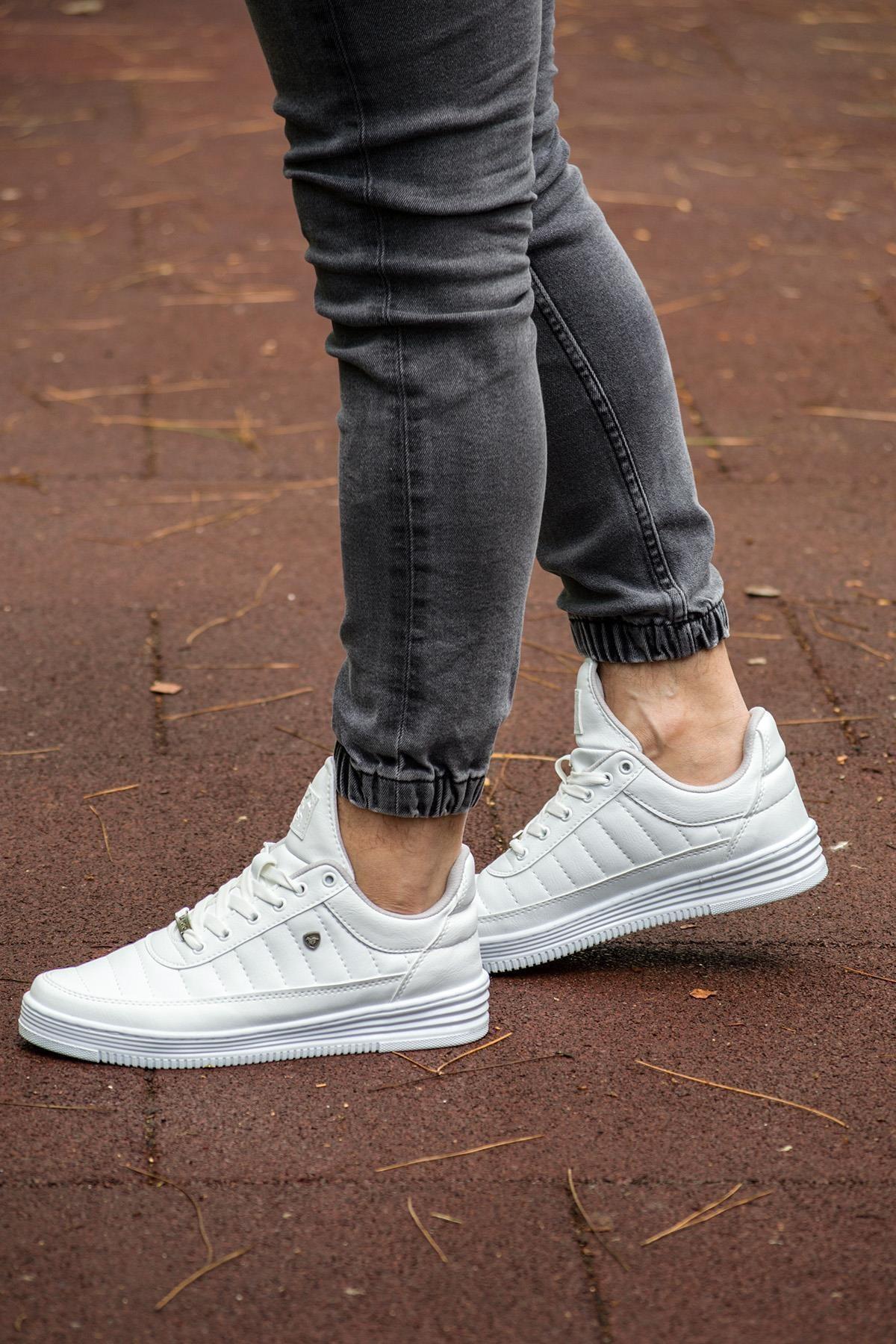 07 Beyaz Dikişli Unisex Spor Ayakkabı