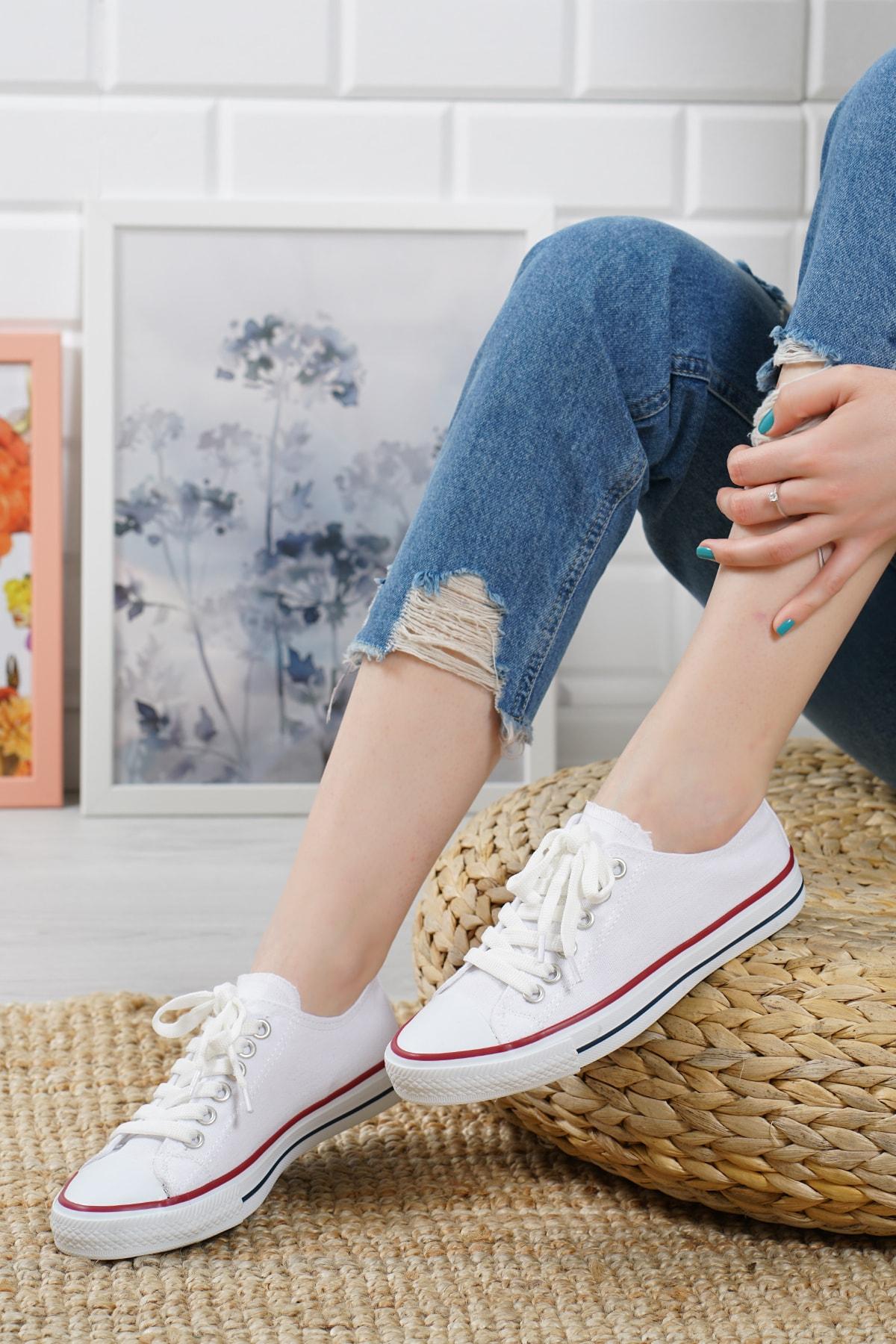 Cnv Ayakkabı Beyaz