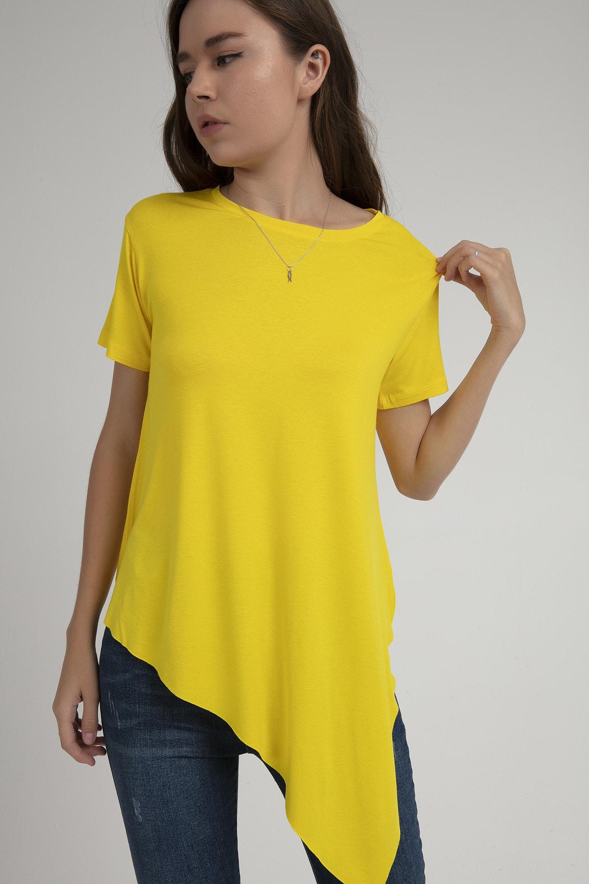 Kadın Sarı Asimetrik Kesim Viskon Kısa Kollu Tişört P21s201-2201