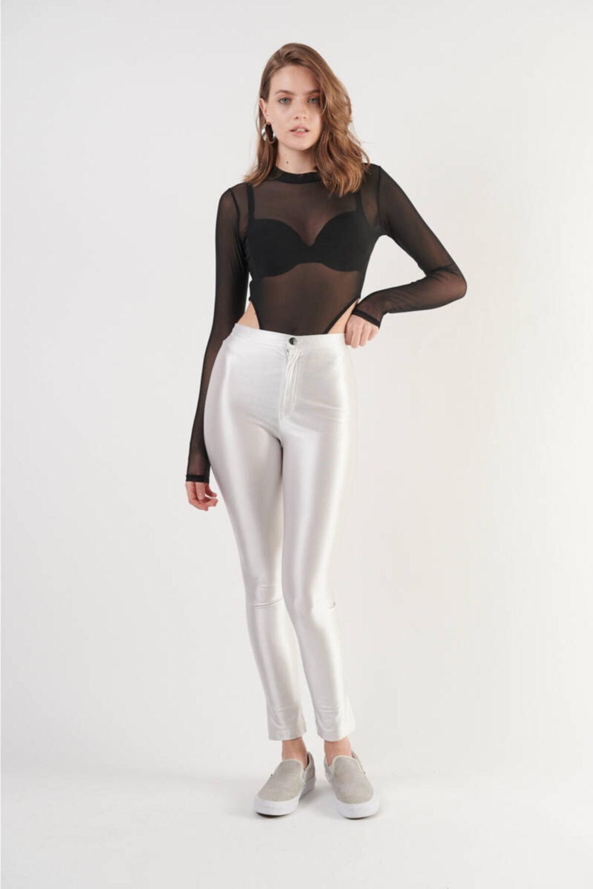 Siyah Uzun Kollu Transparan Alttan Çıtçıtlı Tül Bodysuit (ZCK0279)