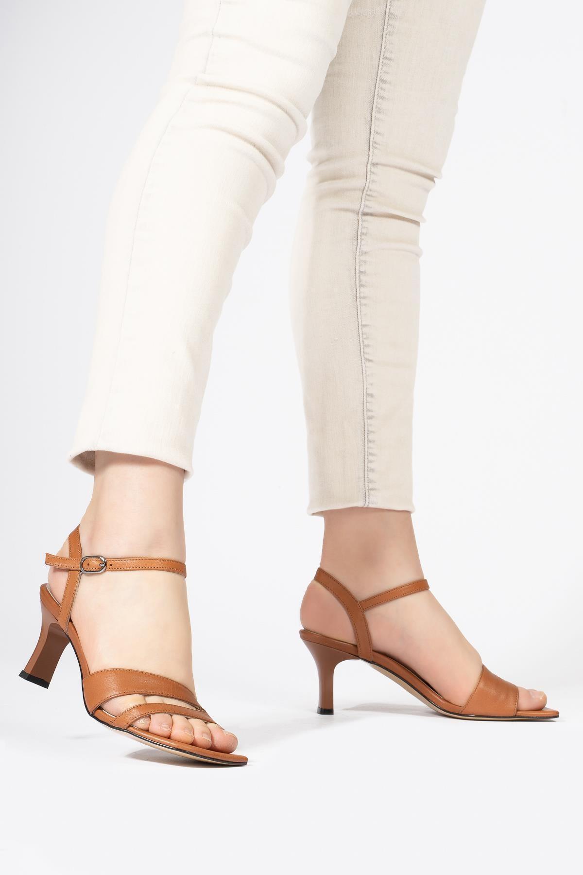 Kadın Taba Hakiki Deri Bilekten Bağlamalı Topuklu Sandalet