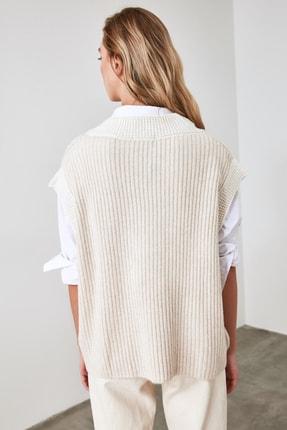 TRENDYOLMİLLA Taş Yaka Detaylı Triko Bluz TWOAW21BZ0014 4
