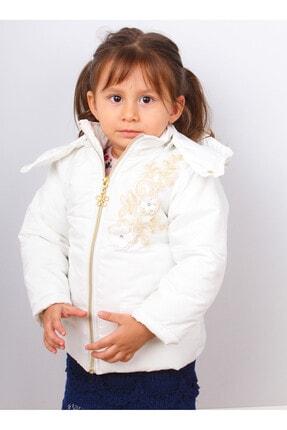 Kız Çocuk Beyaz Kaban resmi