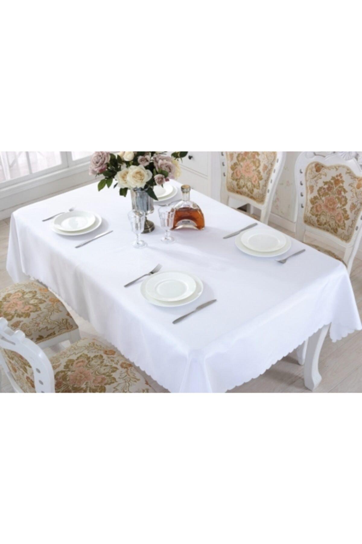 Beyaz Dertsiz Masa Örtüsü