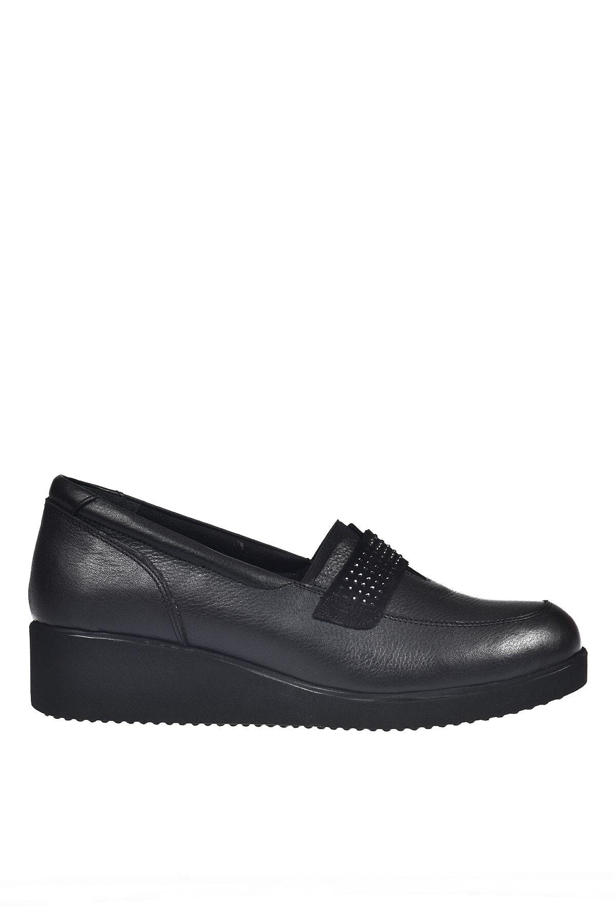 Üçel 3543 Hakiki Deri Kadın Ayakkabı Siyah