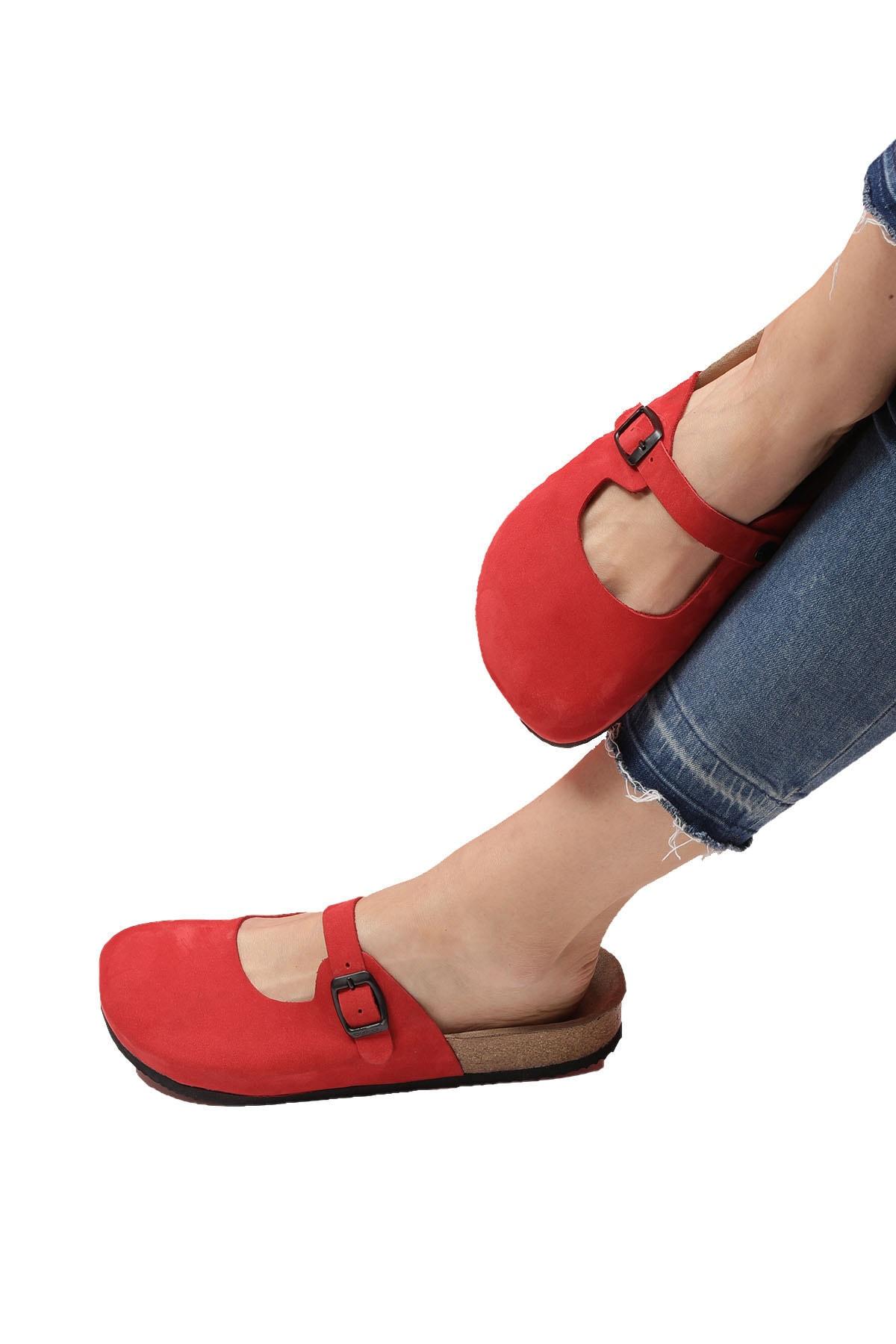 Bequemere Tara Mantar Tabanlı Hakiki Deri Kapalı Model Ortopedik Kadın Terlik