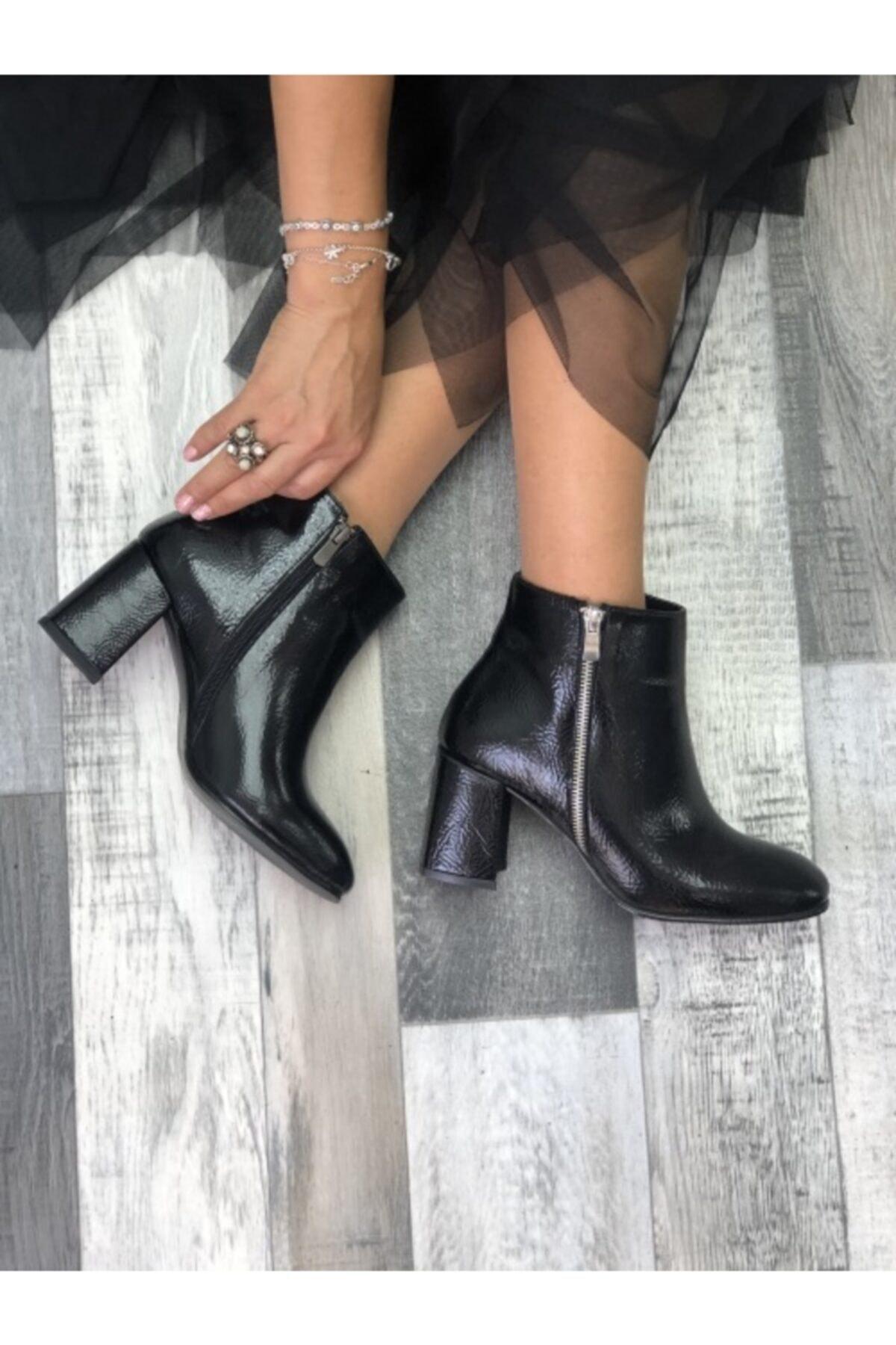 cerenstore Kadın Siyah Vera Kırışık Deri Topuklu Bot