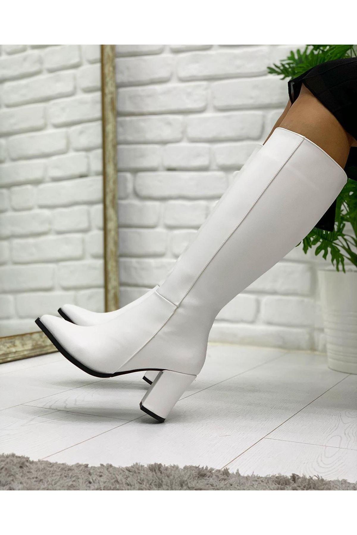 Pabuç Kadın Beyaz Çizme
