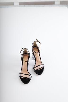 Limoya Kadın Siyah Kırışık Rugan Şeffaf Bantlı Ve Şeffaf Topuklu İnce Kemerli Sandalet 1