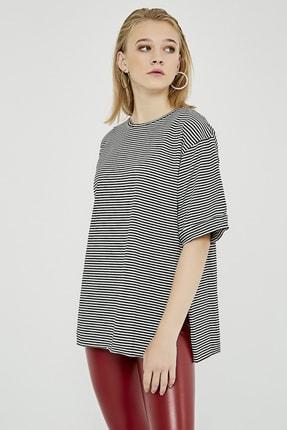Sateen Kadın Siyah Çizgili Yırtmaçlı Uzun Tshirt 1