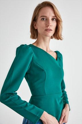TRENDYOLMİLLA Zümrüt Yeşili Düğme Detaylı Bluz TWOAW21BZ0958 3
