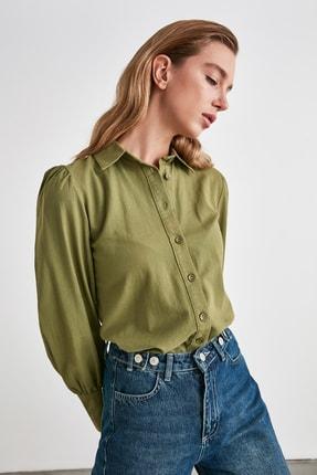 TRENDYOLMİLLA Yeşil Manşet Detaylı Gömlek TWOSS20GO0065 3