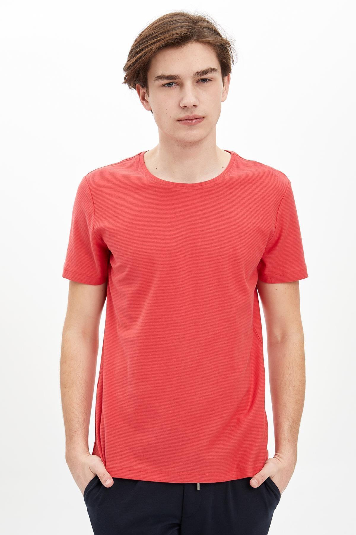 Erkek Kırmızı Bisiklet Yaka Slim Fit Basic Pamuklu Tişört M7122AZ20SM