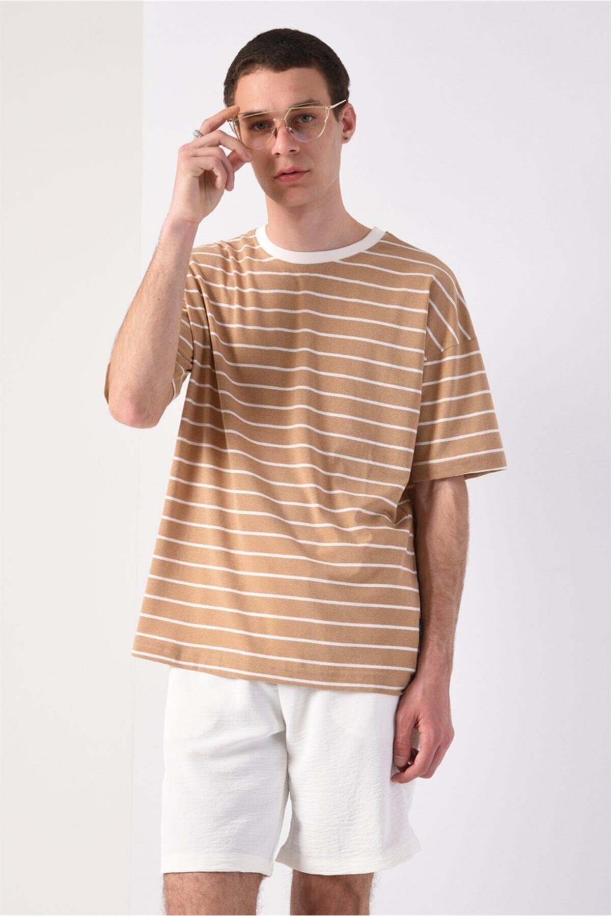 Men Bej Oversize Çizgili T-shirt