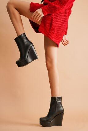 Kadın Fermuarlı Siyah Cilt Dolgu Topuklu Kadın Bot 0908076