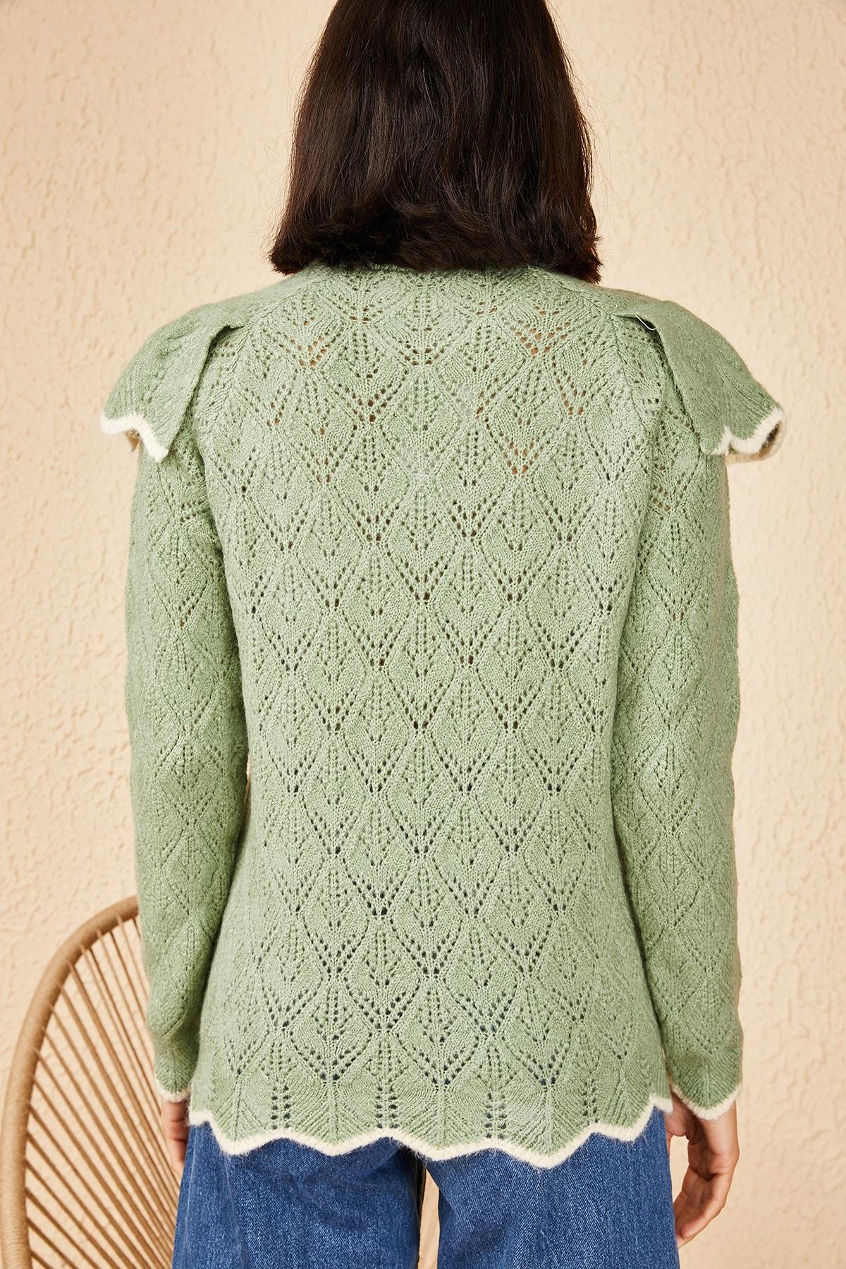 Bianco Lucci Kadın Mint Yeşili Ajurlu Fırfırlı Beyaz Şeritli Yarım Balıkçı Triko Kazak 20011034 3