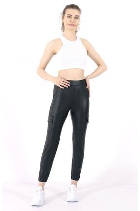 TREND34 Kadın Siyah Deri Görünümlü Cepli Pantolon 0