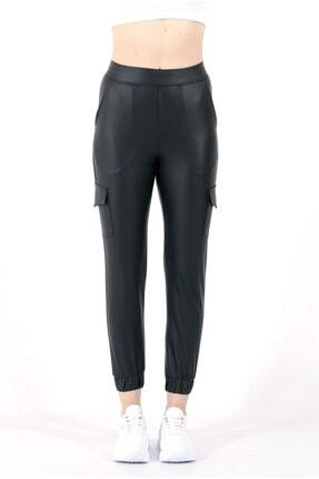 TREND34 Kadın Siyah Deri Görünümlü Cepli Pantolon 2