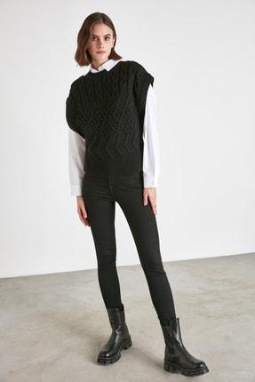 TRENDYOLMİLLA Siyah Örgü Detaylı Triko Bluz TWOAW21BZ0447 1
