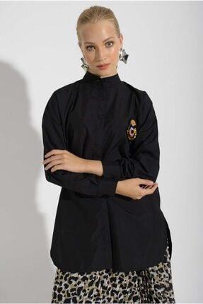 Missemramis Kadın Yanları Yırtmaçlı ve Broşlu Gömlek 202834 3