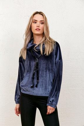 Eka Kadın Gri Kadife Degaje Yaka Yakası Bağcıklı Sweatshirt 0