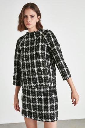 TRENDYOLMİLLA Siyah Kareli Bluz TWOAW21BZ0998 0