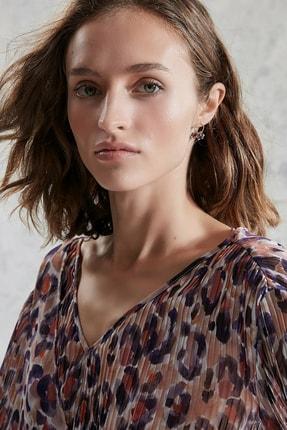 Yargıcı Kadın Mor Desenli Plise Detaylı Bluz 0KKGM6019X 0