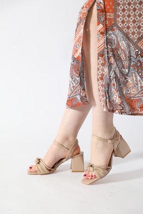 ALTINAYAK Kadın Ten Burgi Bant Detay Kare Kalıp Sandalet 0