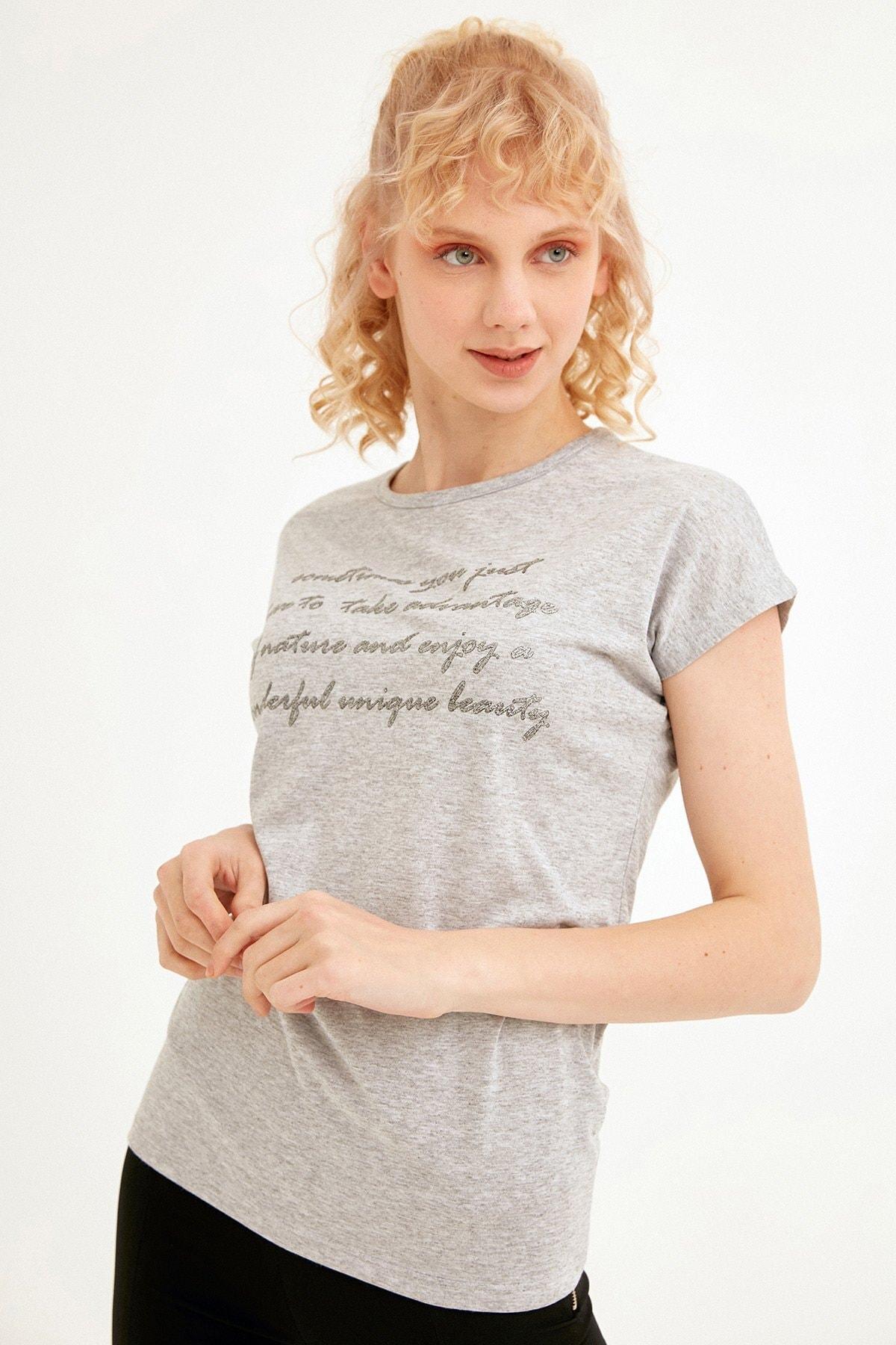 Simli Yazı Baskılı Tişört
