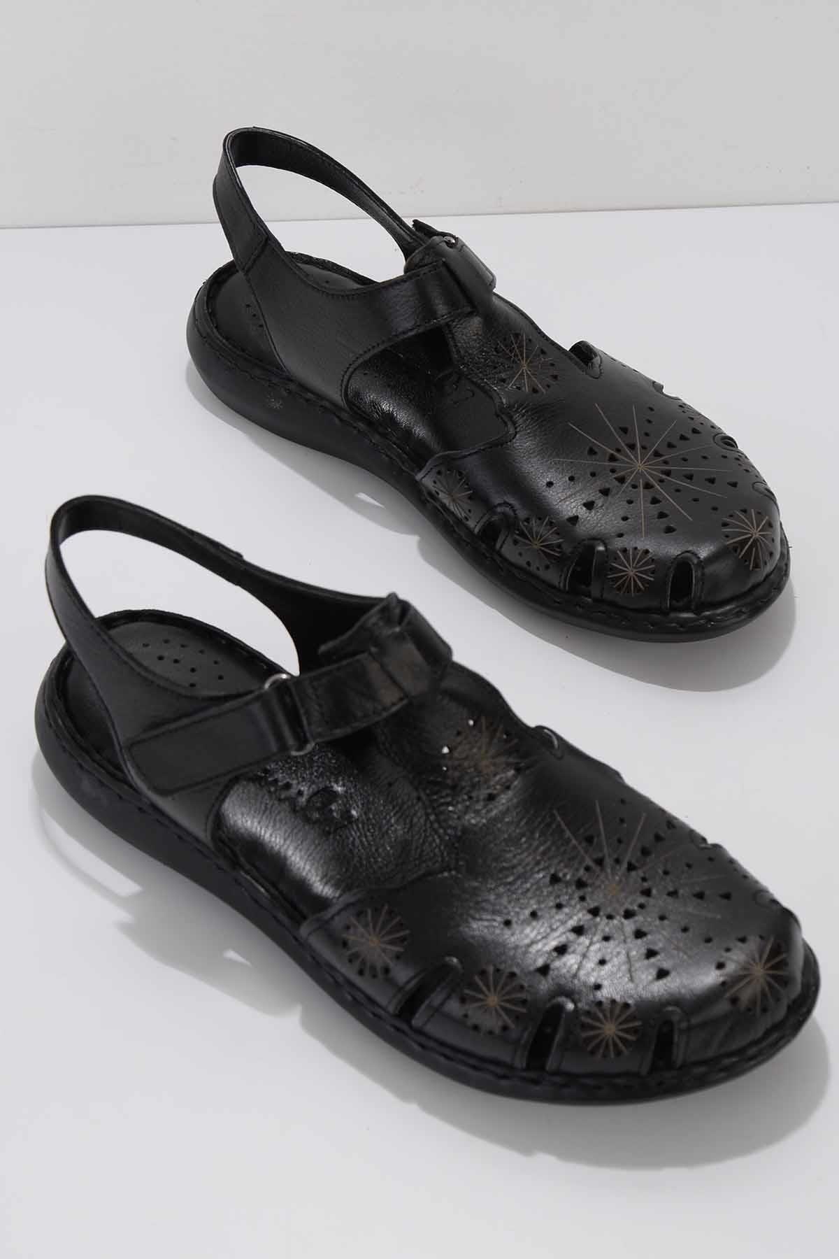 Siyah Hakiki Deri Kadın Sandalet K05907020503