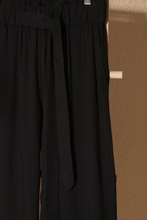 TRENDYOLMİLLA Siyah Bağlama Detaylı Pantolon TWOSS20PL0448 1