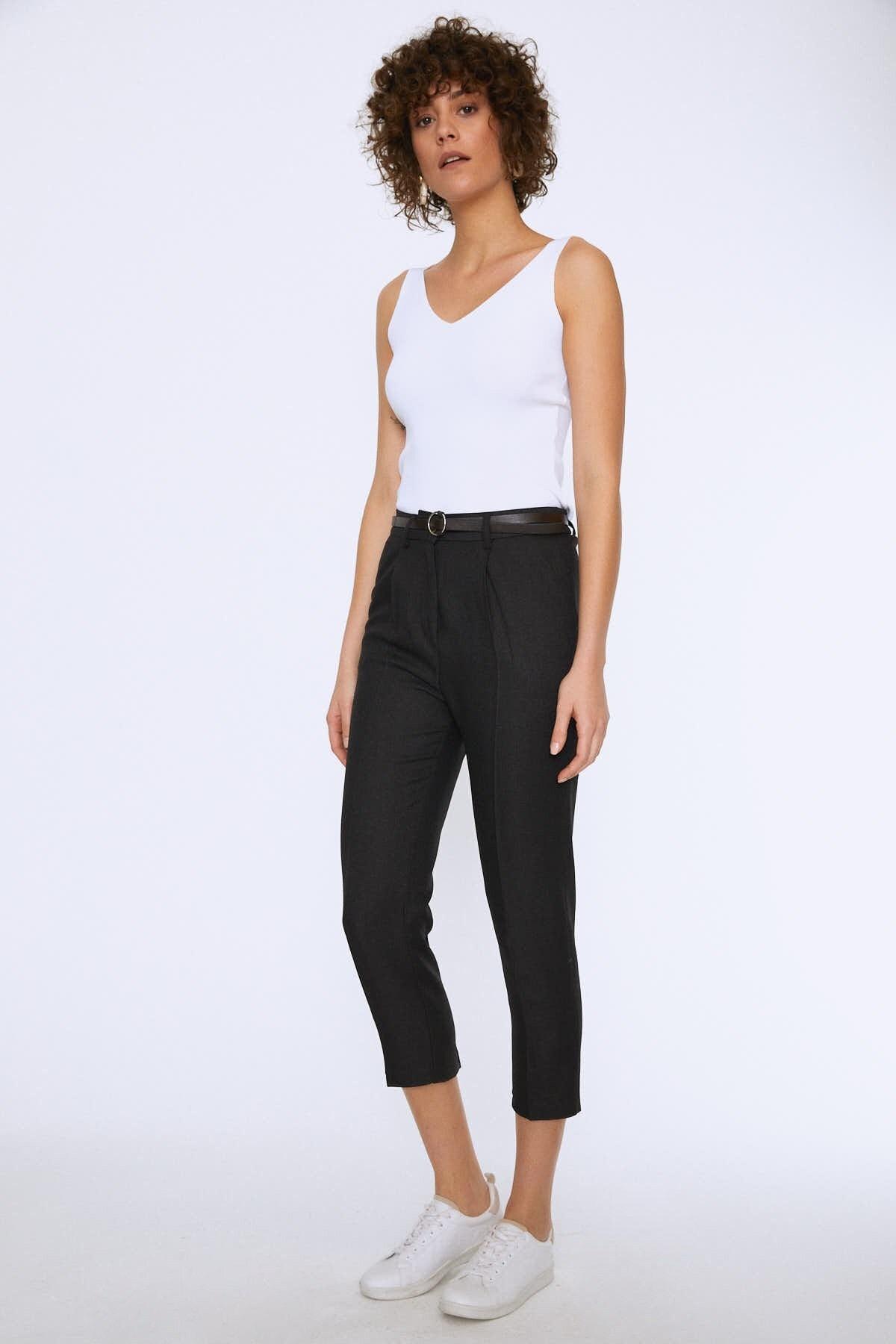 Quzu Kadın Yüksek Bel Kemerli Pantolon Siyah 20K70651-001 0