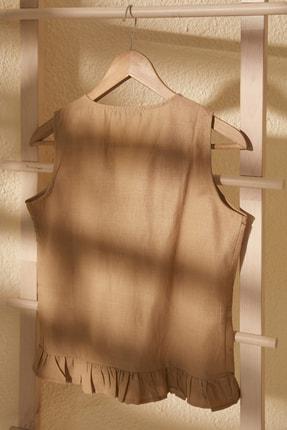 TRENDYOLMİLLA Bej Bağlama Detaylı Bluz TWOSS20BZ0898 2