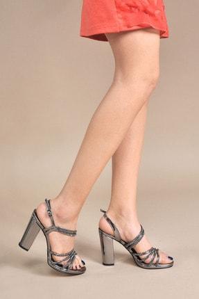 تصویر از Kadın  Gri Klasik Topuklu Ayakkabı VZN20-043Y