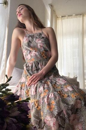 TRENDYOLMİLLA Çok Renkli Çiçek Desenli Sırt Dekolteli Elbise TWOSS20EL1907 2