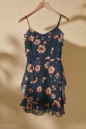 TRENDYOLMİLLA Lacivert Çiçek Desenli Elbise TWOSS20EL1267 0