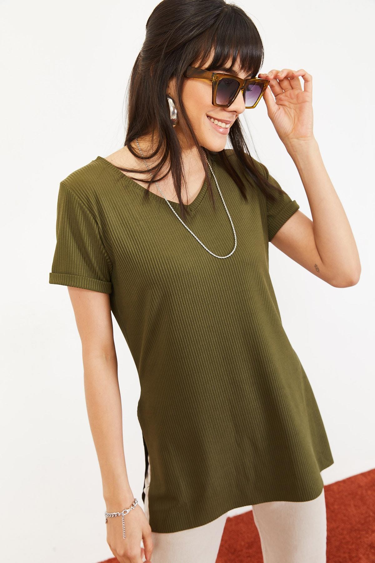 Bianco Lucci Kadın Yeşil Kol Yan Yırtmaçlı Kol Detay Kaşkorse T-Shirt 10051012 1