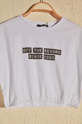 TRENDYOLMİLLA Beyaz Büzgülü Crop Örme T-Shirt TWOSS20TS1368 1