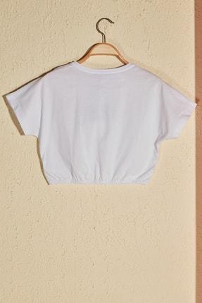 TRENDYOLMİLLA Beyaz Büzgülü Crop Örme T-Shirt TWOSS20TS1368 2