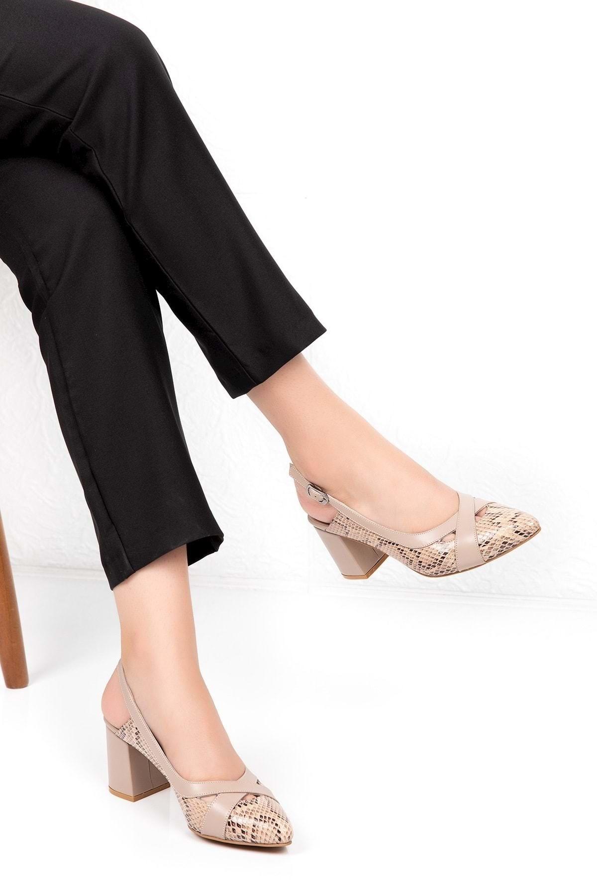 Hakiki Deri Yılan Desen Ayrıntılı Topuklu Ayakkabı Şhn.0738 - Vizon - 36