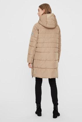 Vero Moda Kadın Bej Kapüşonlu Regular Fit Uzun Şişme Mont  10230830 1