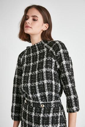 TRENDYOLMİLLA Siyah Kareli Bluz TWOAW21BZ0998 3