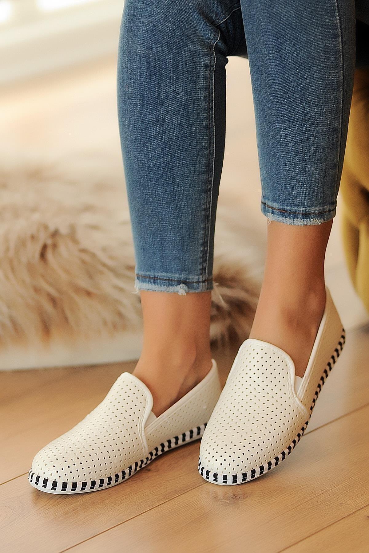 Beyaz Deri Delikli Rahat Taban Casual Sneakers Ayakkabı Byndgur01