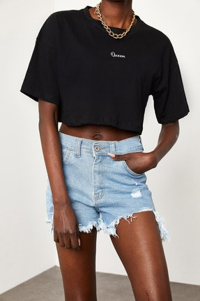 Xena Kadın Siyah Queen Baskılı Crop T-Shirt 1KZK1-11510-02 2